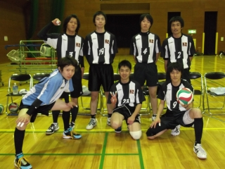 http://mixvolleyball.deci.jp/photo/man20/T1%20(4).JPG