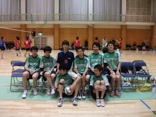 http://mixvolleyball.deci.jp/photo/man20/YO1%20(2).JPG