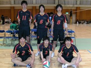 http://mixvolleyball.deci.jp/photo/man20/YO1%20(9).JPG